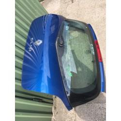 Clio III. csomagtérajtó