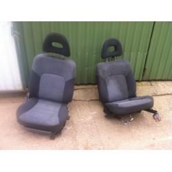 L200 ülések