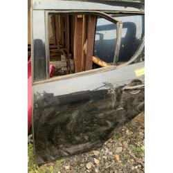 Suzuki Swift bal hátsó ajtó