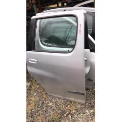 Toyota Yaris Verso jobb hátsó ajtó