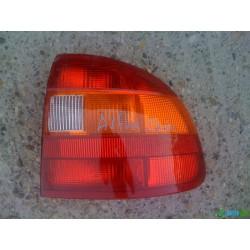 Opel Astra F sedan hátsó lámpa eladó